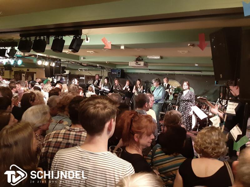 battleofthebands06042vollezaal